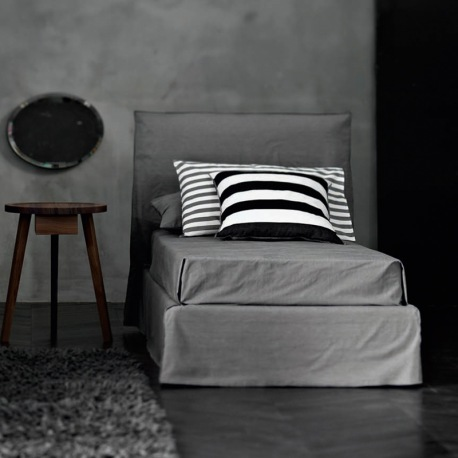 gervasoni ghost 80 bett hohes kopfteil. Black Bedroom Furniture Sets. Home Design Ideas